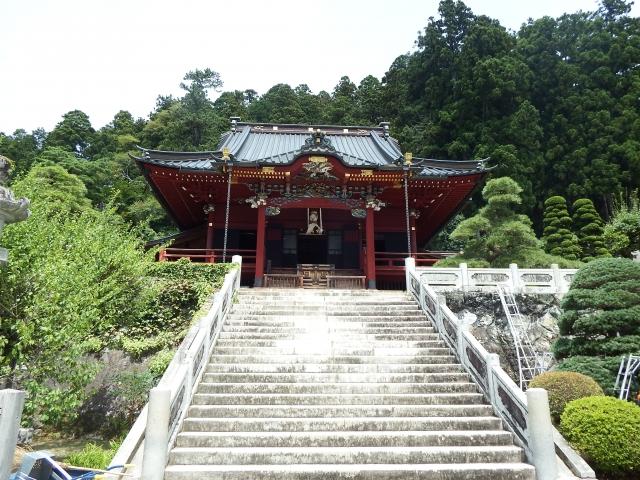 久遠寺 山門
